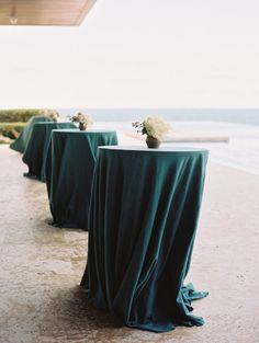 Emerald tablecloths: http://www.stylemepretty.com/2015/02/23/dominican-republic-destination-wedding-part-ii/ | Photography: Ryan Ray - http://ryanrayphoto.com/