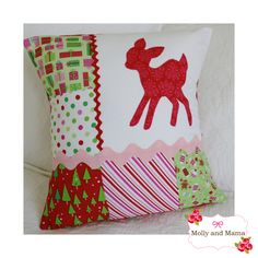 Applique for Beginners Scrappy Christmas Cushion by Molly and Mama #iloverileyblake #christmasfabric #applique #doodlebugdesigns #christmascandy