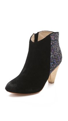 I'm glad to see glitter backed boots are still popular for fall- I diy-ed some last year that I never got to wear!