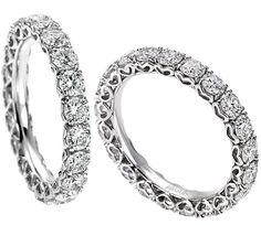 Veretta in oro 18 Kt. congiro completo di Diamanti per 1,57 Kt.Fcolor.Il gioiello Recarlo include nella sua elegante confezione il certificato di garanzia che ne attesta la qualit e l'originalit del prodotto.