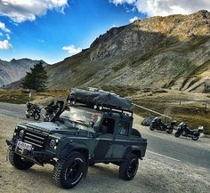 #defender110crewcab By @travel_the_world74 #landrover #landroverdefender #landroverphotoalbum #4x4