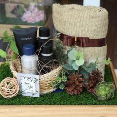 antaran Tiara and Adit… Rustic Wedding Gifts, Wedding Gift Boxes, Wedding Themes, Wedding Decorations, Engagement Box, Wedding Preparation, Flower Wallpaper, Diy Birthday, Wedding Invitations