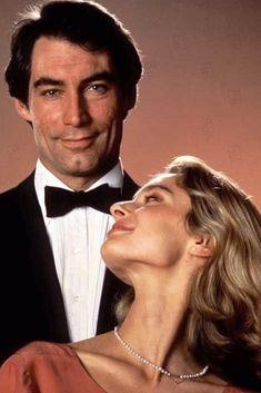 Maryam d'Abo est Kara Milovy (1987) avec Timothy Dalton - Tuer n'est pas jouer (The Living Daylights)