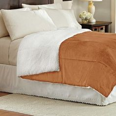Sweet Home Collection Lightweight Down Alternative Sherpa Comforter Color: Orange