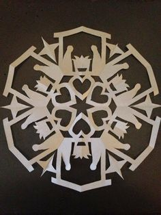 Nativity snowflake - Lesson Plans of an OCD Primary Chorister: Activity: 2014 Primary Song Snowflakes Paper Snowflakes, Christmas Snowflakes, Christmas Ornaments, Christmas Labels, Christmas Nativity, Christmas Holidays, Christmas Decorations, Snowflake Designs, Snowflake Pattern