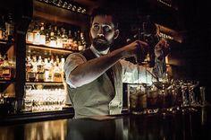 Bartender at the Elephant Bar of @thenomadhotel, photo prise au Leica M9 www.camillegabarra.com #streetportrait #photographe #since1974