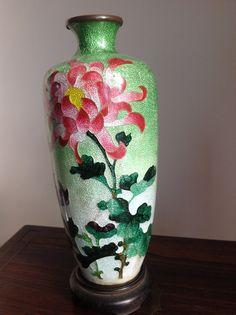 Beautiful Japanese Cloisonné Vase