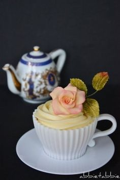 Teacup cakes are a fun, tasty, and creative way to entertain guests. Tea cakes have been served to guests for centuries, but now with oven safe...