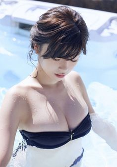 Kunoichi is a photo gallery of beautiful, sexi and pretty japanese women. This is the gallery of Fumika Baba. Cute Asian Girls, Cute Girls, China Girl, Sexy Girl, Poses, Bathing Beauties, Beach Babe, Japanese Girl, Girl Pictures