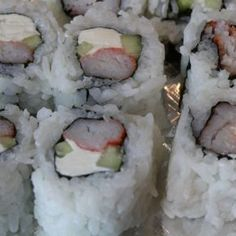 Crab Stick with Cream Cheese and Cucumber Sushi Roll FULL RECIPE HERE California Roll Recipe california roll recipe recipe of california r. California Roll Recipes, California Roll Sushi, California Pizza, Baked Lobster Roll Sushi Recipe, Sushi Roll Recipes, Easy Sushi Rolls, Cucumber Sushi Rolls, Cream Cheeses, Seafood