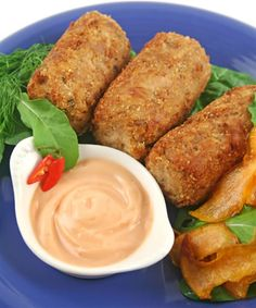 Mashed potato, tuna, paprika, garlic, onion and more combine to make this fantastic tuna croquette recipe. Tuna croquettes are easy party appetizers and they are perfect if you want to make hot seafood appetizers for a buffet or another kind of event. This tuna croquette recipe is simple to make and it goes beautifully with a creamy dipping sauce - perhaps a chili sauce recipe or a lemon mayonnaise recipe.