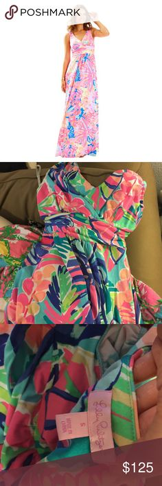 Sloane Maxi Dress Floral NWOT Brand new without tags Lilly Pulitzer maxi dress! Sloane style. Older pattern. Would fit up to size 4-6. Lilly Pulitzer Dresses Maxi
