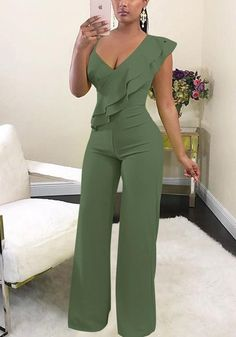 Sum All Chic, Shop Army Green Ruffle Asymmetric Shoulder Elastic Waist Long Jumpsuit online. Olive Jumpsuit, Ruffle Jumpsuit, Romper Suit, Romper Dress, Rompers Women, Jumpsuits For Women, Off Shoulder Jumpsuit, Long Jumpsuits, Mode Outfits