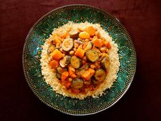 Moroccan-Style Vegetable Couscous - Easy and Flavorful Vegetarian Entree