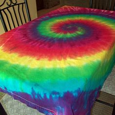 Tie Dye Tablecloth, via Flickr. AWESOME!!