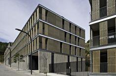 Galería de Edificio de viviendas VPO y aparcamiento de Llobregat / BBarquitectes - 2