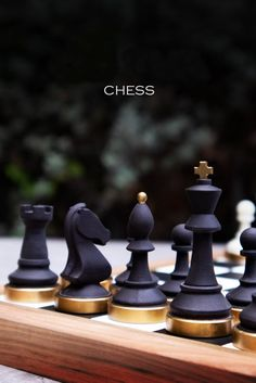 Chess Quotes, Chess Boxing, Coffee Aroma, Chess Pieces, Natural Brown, Walnut Wood, Woodworking Crafts, Board Games, Game Boards