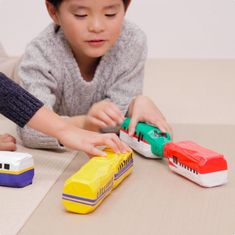Craft Activities For Kids, Preschool Crafts, Upcycled Crafts, Diy And Crafts, Diy For Kids, Crafts For Kids, Diy Barbie Furniture, Kids Party Games, Diy Recycle