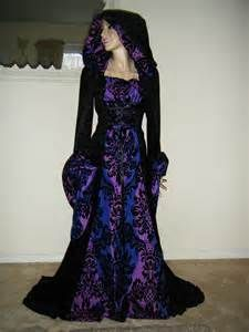 Women Medieval Gown Dress Renaissance Gothic Hooded Cloak Cape Robe Costume US Halloween Wedding Gown, Halloween Dress, Purple Halloween, Pagan Wedding, Medieval Wedding, Medieval Gown, Medieval Clothing, Wiccan Clothing, Gothic Clothing