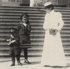 Maria & Alexei, c. 1907