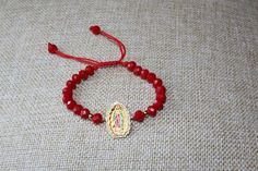Our lady of Guadalupe bracelet,red bracelet,virgen de Guadalupe,catholic bracelet,pulsera roja Rosary Bracelet, Bracelet Knots, Knotted Bracelet, Hamsa, Red String Bracelet, Our Lady, Handmade Bracelets, Glass Beads, Jewelery