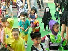 園児がハロウィンでカオナシの仮装に関連した画像-02