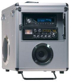Transportkoffer für Autoradio und CB Funkgerät (beides nicht im Lieferumfang) mit PL-Buchse an der Geräte Rückseite. 2 eingebaute Lautsprecher.Inkl. RC-Panel (Anschlussplatte) im Lieferumfang!Statt einem CB Funkgerät kann auch ein passendes Seefunkgerät, Amateurfunkgerät, Betriebsfunkgerät, etc. verbaut werden.Technische DatenTransportkofferFür Autoradio und CB FunkgerätPL-Buchse am Gehäuse2 eingebaute LautsprecherAbmessungen 33 x 38 x 41 cm...