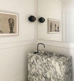 m.a.r.c.c.o.s.t.a#interiors #interiordesign #design @anne_claus #architecture #architecturaldigest @studiopietboon @cocoonbathroom #homedecor #decor #instadaily #inspiration #picoftheday Bespoke Design, Architectural Digest, White Walls, Bathroom Hooks, Toilet Paper, Gallery Wall, Interior Design, Instagram, Home Decor
