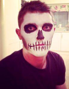 Skull | Halloween | Make up | DIY | Costume | wildefashion.wordpress.com