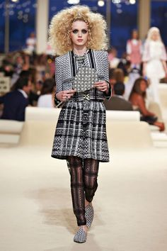Chanel Cruises to Dubai for Resort 2015