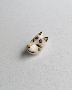 Kitsune Mask lapel pin Kitsune Mask, 3 Shop, Shinigami, Lapel Pins, Sculpting, Polymer Clay, Hand Painted, Ceramics, Unique Jewelry