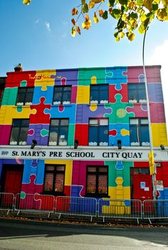 Puzzle, Colourful building, Dublin, Ireland Yes, it exists! Colourful Buildings, Beautiful Buildings, Street Art, Dublin City, Over The Rainbow, Amazing Architecture, Public Art, Urban Art, True Colors