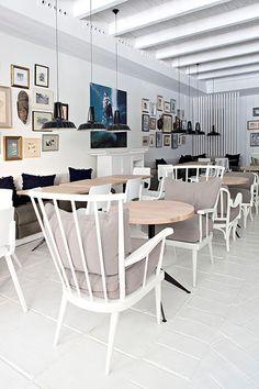 Bar-restaurante El Corner DF, en Madrid - Decoratrix | Blog de decoración, interiorismo y diseño | a little too white for me but still pretty and homey;)