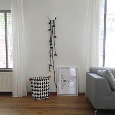 Muuto | prikkabel | woonkamer | white | wit wonen| elodie details | verlichting