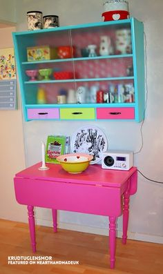 Do you love bright colours? Are you brave enough to paint furniture this bright? krudtuglensmor bright painted table and wall cabinet - click through to see 19 ideas for refurbishing old furniture like a pro! Diy Furniture Projects, Funky Furniture, Recycled Furniture, Paint Furniture, Furniture Makeover, Furniture Stores, Luxury Furniture, Geek Furniture, Furniture Cleaning