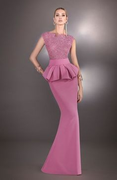 The Fashion Dish — Hannibal Laguna Atelier Fiesta 2017 Collection Nigerian Wedding Dress, Blue Wedding Dresses, Event Dresses, Bridesmaid Dresses, Formal Dresses, Dinner Gowns, Evening Gowns, Autumn Fashion 2018 Women, Africa Dress