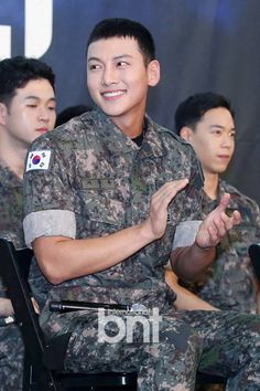 I feel like Ji Chang Wook and Kang Ha Neul are having a complete blast serving their military enlistment. It's by happenstance that the two popular actors and also musical veterans are serving in the army around the same time … Continue reading → Asian Actors, Korean Actors, Dramas, Ji Chang Wook Healer, Ji Chan Wook, Netflix, Empress Ki, Dong Hae, Song Joong Ki