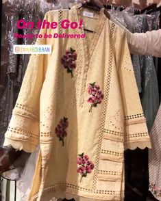 Embroidery On Kurtis, Embroidery Fashion, Floral Embroidery, Stylish Dresses, Simple Dresses, Casual Dresses, Fancy Dress Design, Stylish Dress Designs, Pakistani Dresses Casual