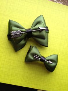 Green Arrow Inspired Bow by FangirlCreation on Etsy