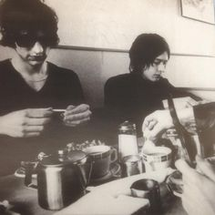 Richard & Simon of The Verve. liner notes of A Northern Soul, one of the greatest albums ever recorded. The Verve, Boy Music, Great Albums, Northern Soul, Rock N Roll, The Originals, Image, Drugs, Notes