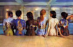 Mulheres pintadas com as capas dos CDs de Pink Floyd