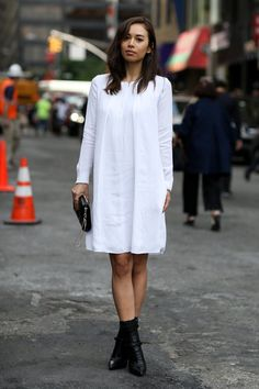 Pin for Later: #TBT: See All the Best Street Style From NYFW Last Season NYFW Street Style Day 7 Rumi Neely kept it simple in understated black and white.