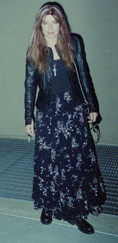 Susanna Hoffs, Michael Steele, Rock Groups, Spice Girls, Female Singers, Lace Skirt, Bangles, Celebrities, Skirts