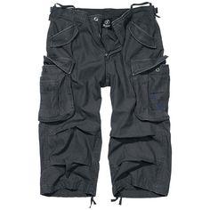 """#Shorts 3/4 """"Industry Vintage"""" del brand Brandit, con taglio 5 tasche e piccola stampa sulla tasca della gamba sinistra. I pantaloni sono dotati di 2 tasche oblique ed tasca extra con chiusura, 2 tasche sulle gambe, 2 tasche posteriori e passanti per cintura in vita."""