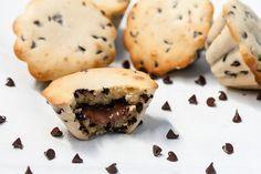 Mandises coeur Nutella, c'est entre le cookie et le muffin apparemment, mais bon osef y a du Nutella.