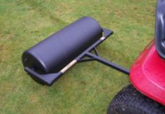 36 inch lawn roller.  Towable field rollers to maintain your horse paddock, can also be use for garden lawns. Field rollers ensure healthy grass growth for good paddock maintenance. For more info: http://www.fresh-group.com/field-rollers.html