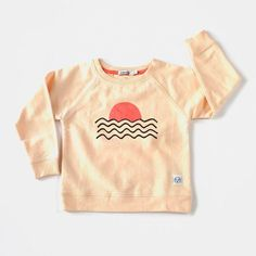 Sunrise print sweater Colour: Off white Organic Cotton Sizes and have two buttons at the side neck for an easier getting. Kids Outfits Girls, Girl Outfits, Rock You Baby, Cool Kids Clothes, Swedish Brands, Kids Tops, Organic Cotton, Graphic Sweatshirt, Sweatshirts