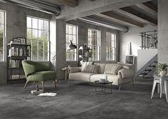 Op zoek naar een zo'n mooie betonlook tegelvloer? Doe hier je inspiratie op en onze tegeladviseurs in onze showrooms in Leiden en Capelle aan den IJssel vertellen je er graag alles over! #beton | #tegelvloer | #vloertegels | #grijs | #ecru |#beige | #inspiratie | #woonkamer | #badkamer | #plavuizen