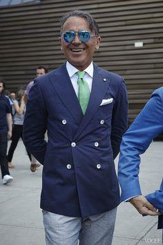 sprezzaturaeleganza:  takablotaro:  Streetstyle: 70 самых ярких мужчин Pitti Uomo - - Streetstyle | Vogue Ukraine  Filippo Matera