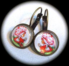 STRAWBERRY SHORTCAKE . Glass Pendant Earrings . by girlgamegeek, $11.11